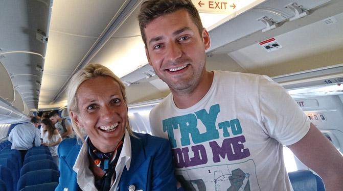 avion-stewardesa