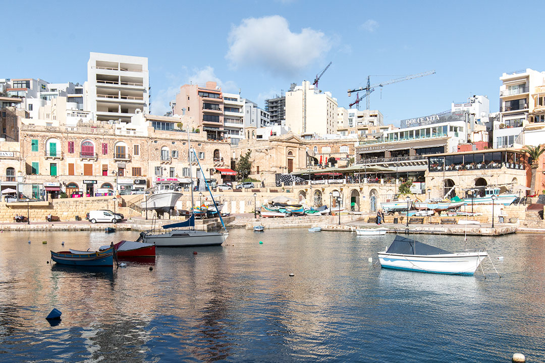spinola-bay