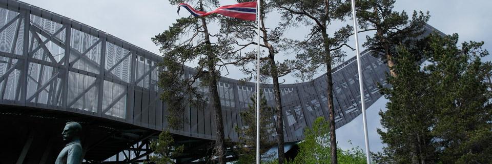oslo-norvegia-trambulina-holmenkollen